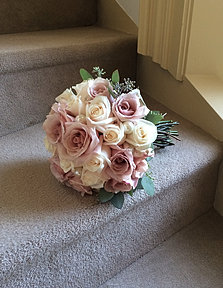 Soft Romantic Rose Bouquet