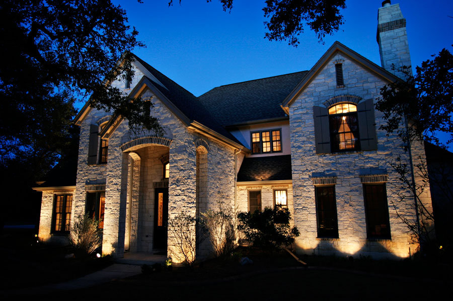front-accent-home-lighting.jpg