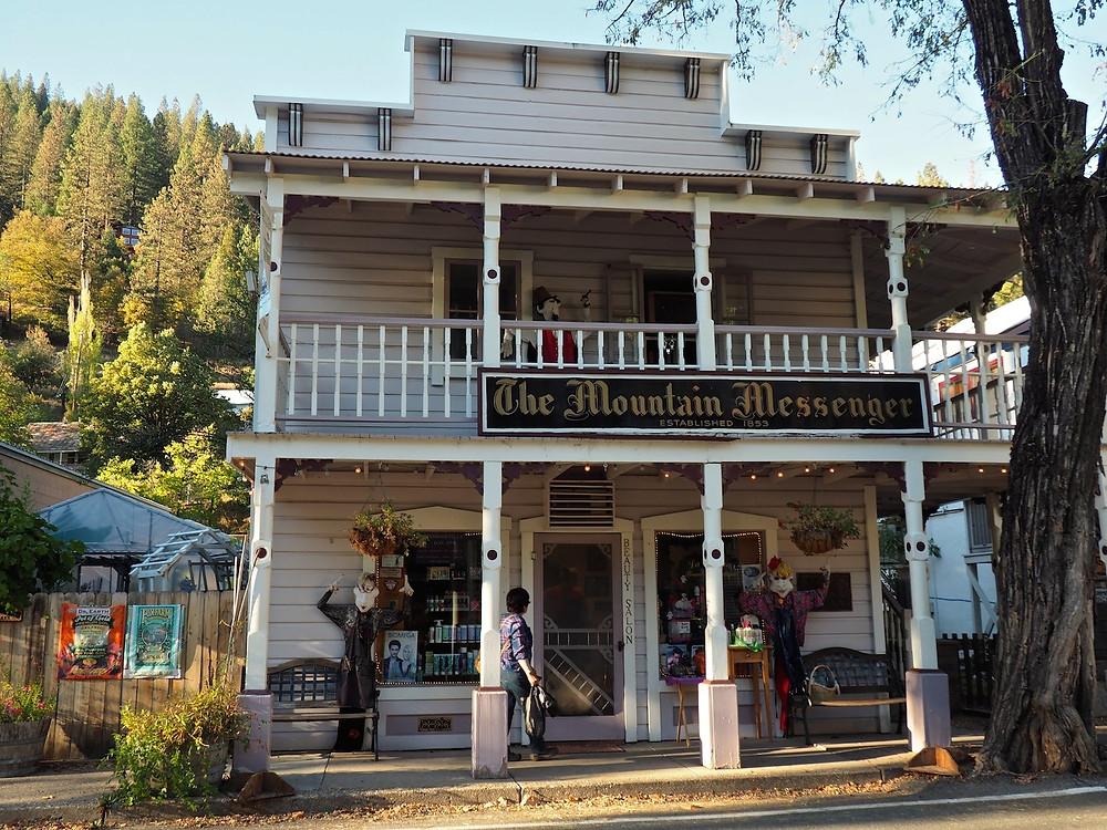 Mountain Messenger office