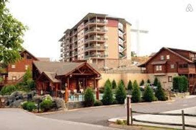 Big Bear Lodge - Pigeon Forge