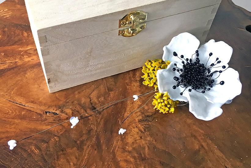 Anemone Hair Piece Glass