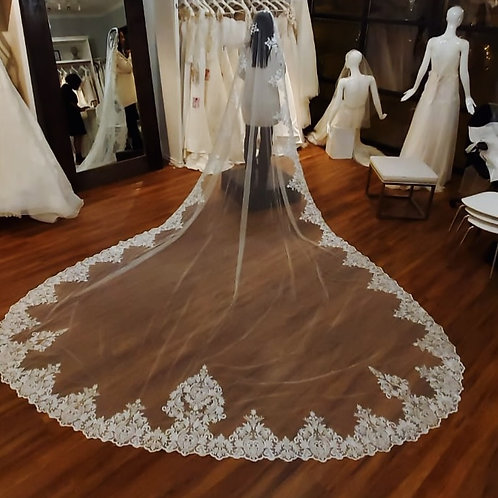 Royal Veil Length - 157 inches long - Royal Collection style 2013