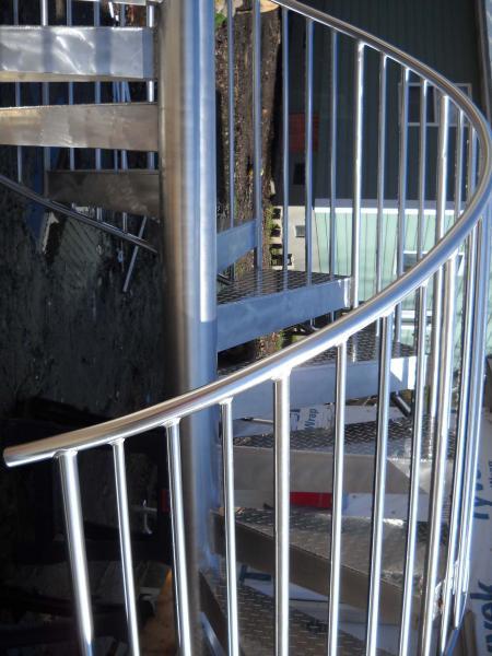 spiralstair3web[1].jpg