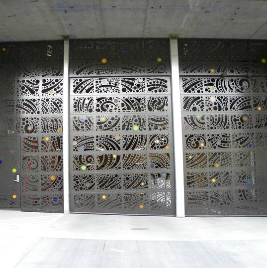 Davis Door Aluminum Sectional - Othello St