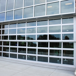 Davis Door Vertical Lift - Glass