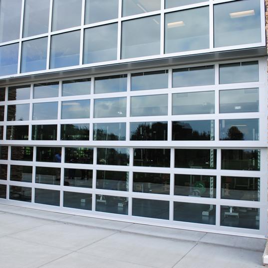 Davis Door Vertical Lift - Glass