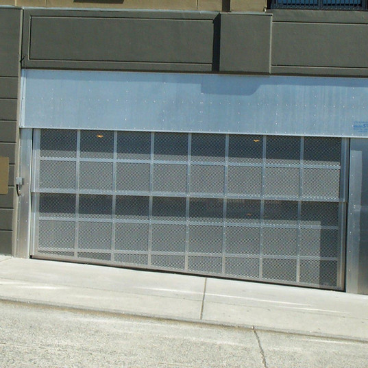 Davis Door Vertical Lift - 2900 on 1st