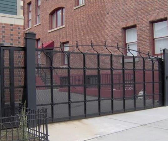 Davis Door Sliding Gate