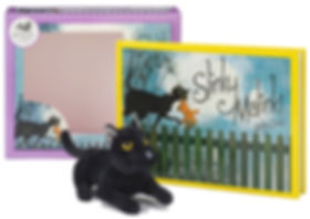 Slinky Malinki Book and Plush Set: Lynley Dodd. Designed by Jenny Haslimeir