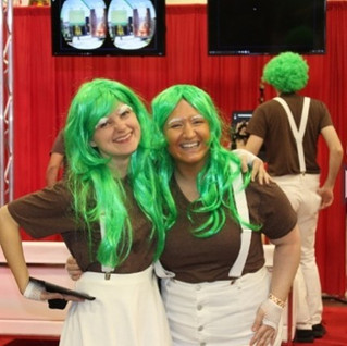 #throwback to two weeks ago at #Wizardworld #comicon in #minneapolis as an #oompaloompa with my #bestie --_--_--_#friendship #friendshipgoal