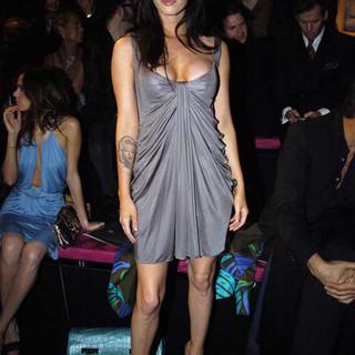 Megan-Fox-_-The-Versace-Fashion-Show-in