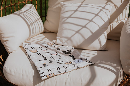 Accessoires   Accessories   Doudou/Blanket   Doudou minky lama grise