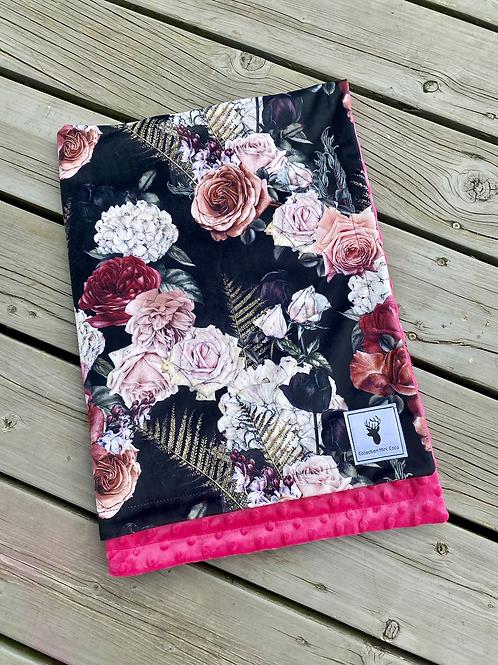 Accessoires   doudou floral noir endos fushia