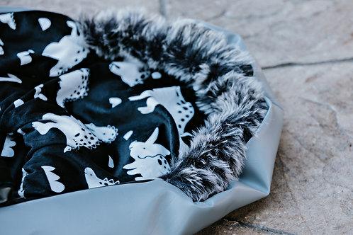 Housse Hiver | winter slipcover |  Dino