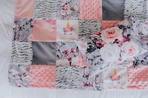 Literie | Bedding |  courtepointe  licorne floral