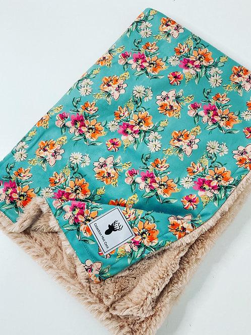 Accessoire  | Accessories | Doudou floral turquoise  endos  fourrure