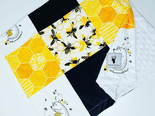 Accessoires | Accessories | Doudou parchwork abeille