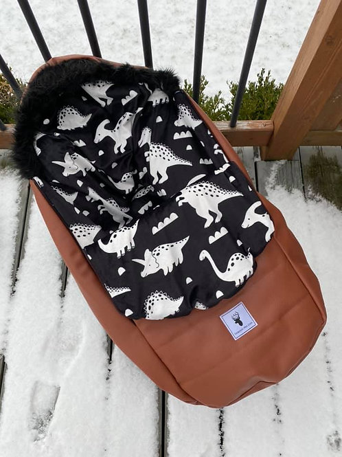 Housse Hiver | winter slipcover | dino noir cuirette brune