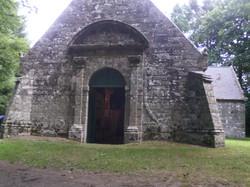 Porte principal de la Chapelle de G