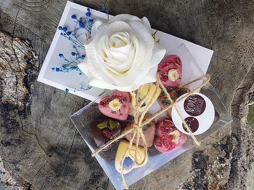 Handmade Flower & Artisan Chocolate Nr 1