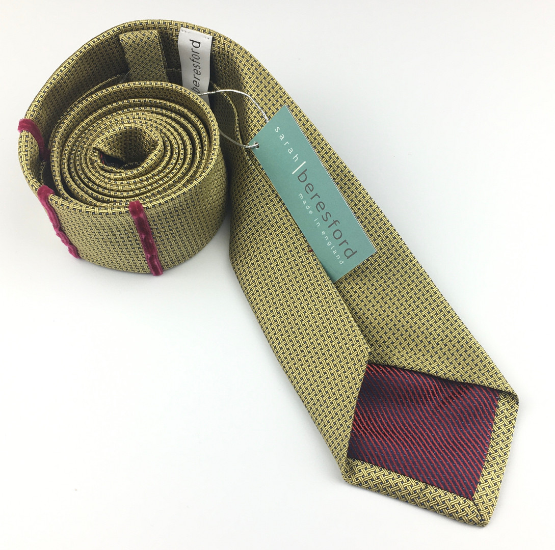 Gold - three stripe silk tie
