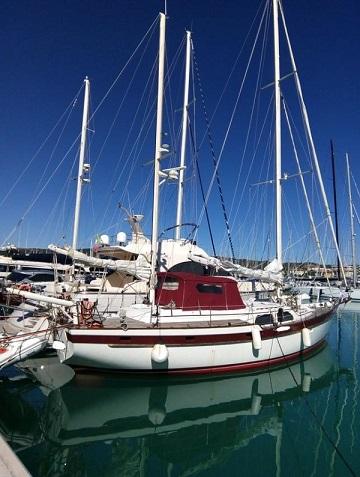 Irwin Ketch Yacht 52
