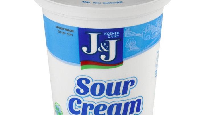 J&J  Sour Cream  16oz