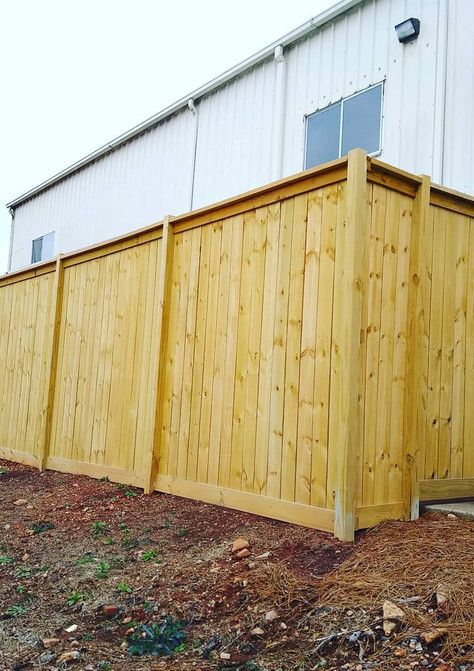8ft Capped Privacy Fence