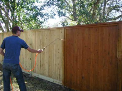 fence-staining-service-tech_orig.png