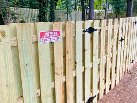 How to Choose the Perfect Fence Height