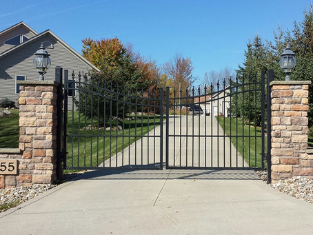 Benefits of Installing a Driveway Gate