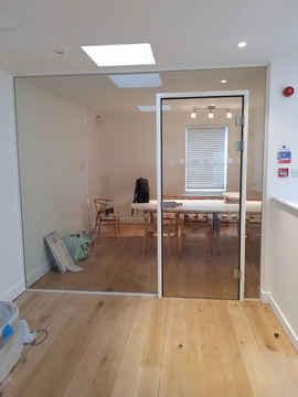 dividing glass wall
