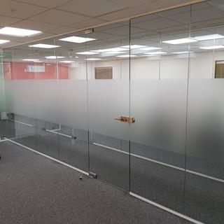 Glass boardroom company London