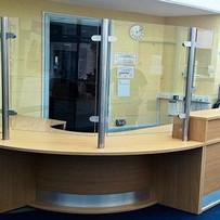 Reception desk glass screen