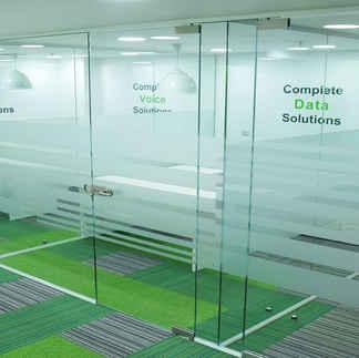 glass manifestaion