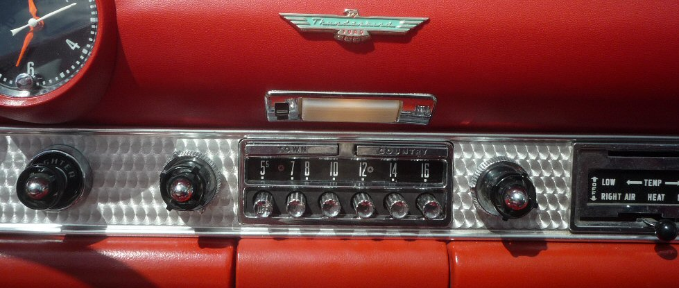 1956 Ford Thunderbird Town and Country Radio Conversion rebuilt by Phoenix Audio