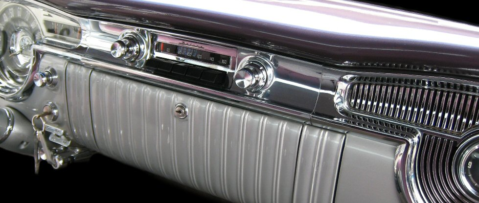 1955 Oldsmobile Gen I Radio Conversion Phoenix Audio .jpg