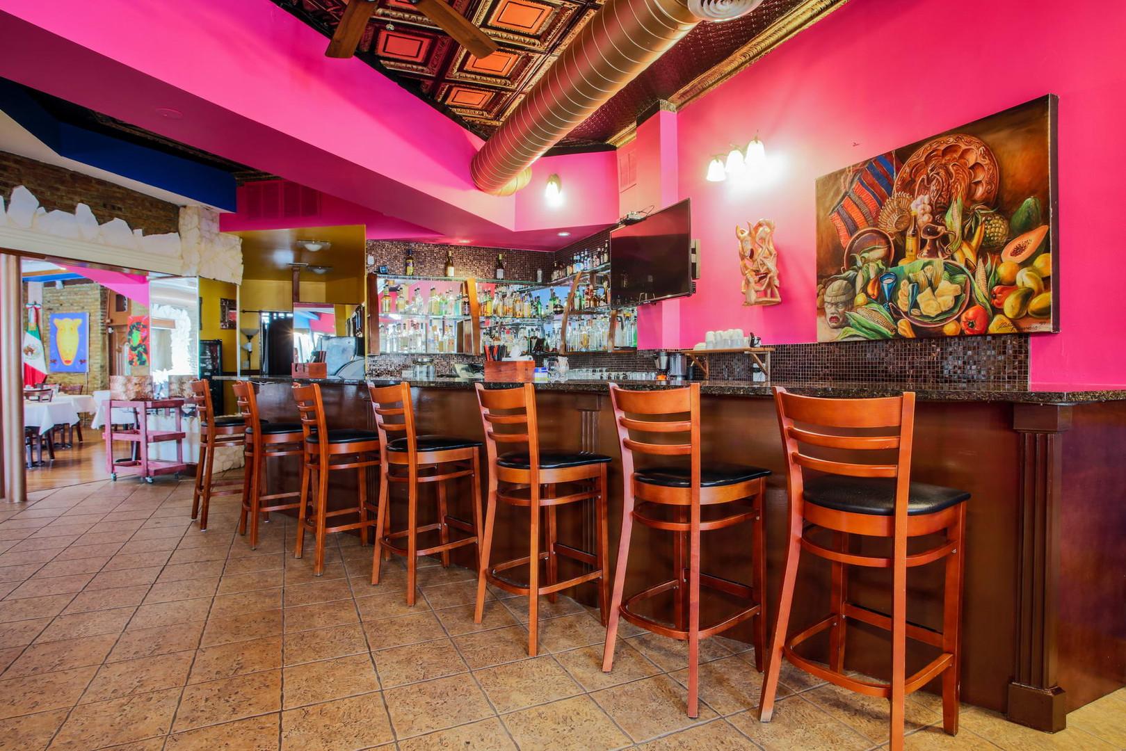 Mis Moles Restaurant_008_resize.jpg