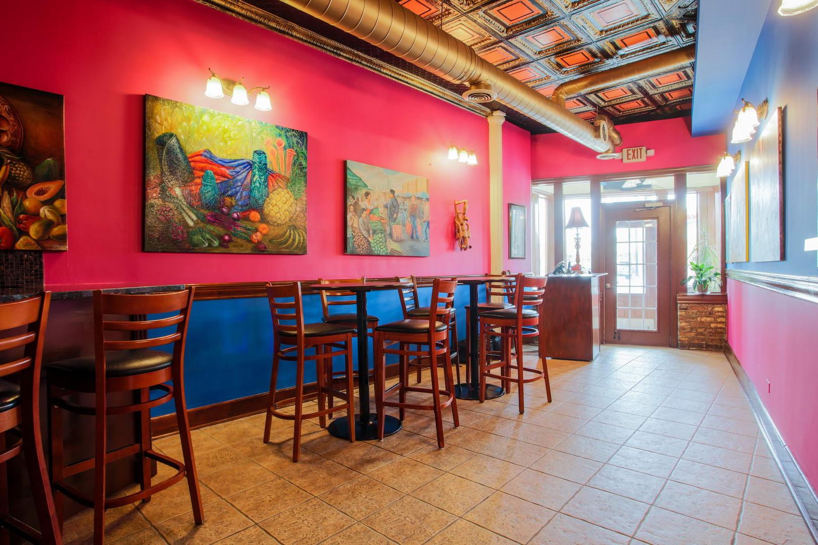 Mis Moles Restaurant_006_resize.jpg