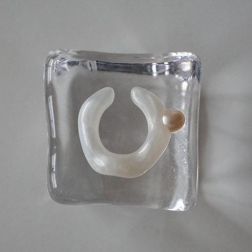 White Pearl & Metal Earcuff Set