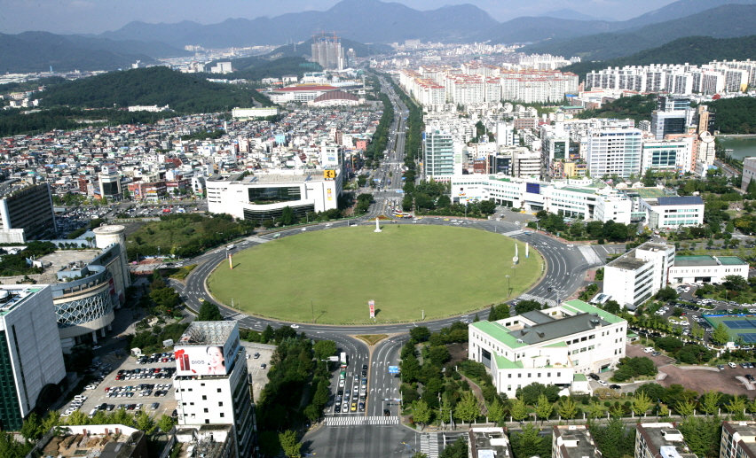 Changwon (Gyeongnam).jpg