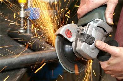 haakse-slijper Jac vd Heijden Metaal & Interieur