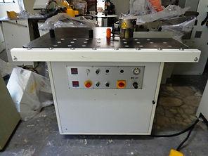 Coladeira de bordos manual para peças curvas e retas profissional Vitap BC 91