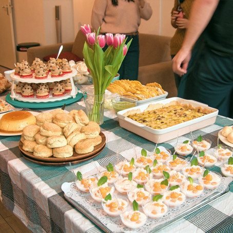 Dear Heidi: What's the best way to organize a potluck, and how do I decide who is bringing what?