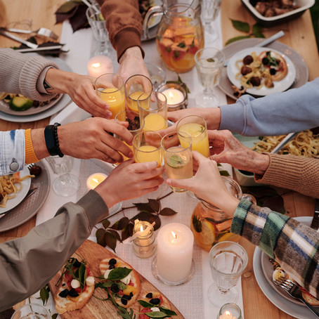 Dear Heidi: What's the proper etiquette for toasting at my son's graduation party?
