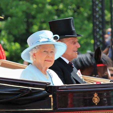 Dear Heidi: Who is right—Queen Elizabeth or my mom?