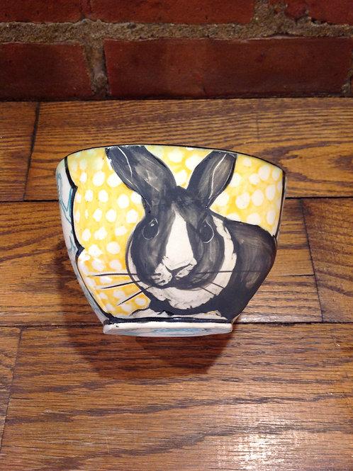 Hannah Niswonger Medium Bowl- Rabbit
