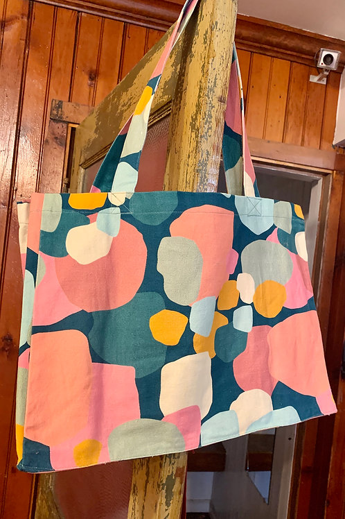 Collective Heart Carry All/Tote