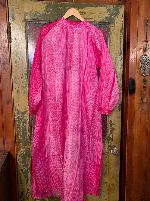 V de Vinster Stitch Dress
