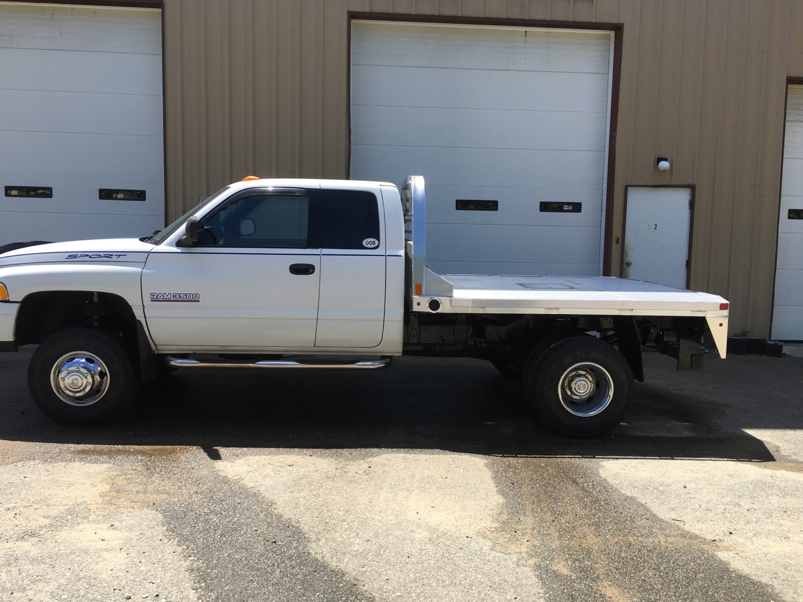 CM Trucks Flat Bed